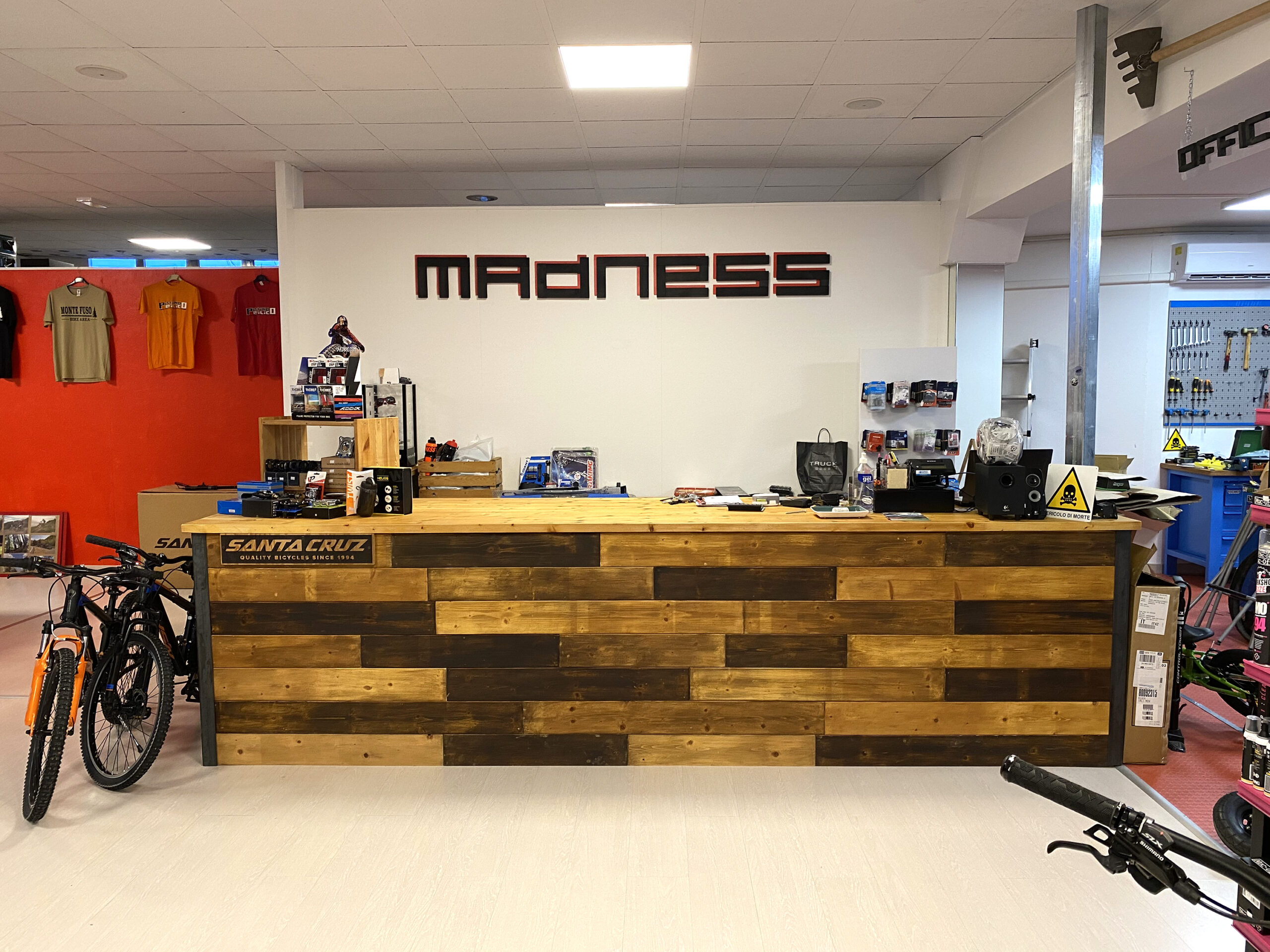 Il Madness apre il nuovo negozio!!